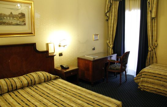 Dreibettzimmer Hotel Les Chambres D'Or