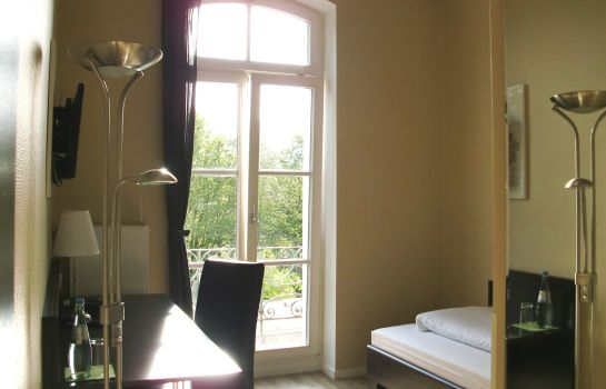 Single room (standard) Waldhotel Sophienhof