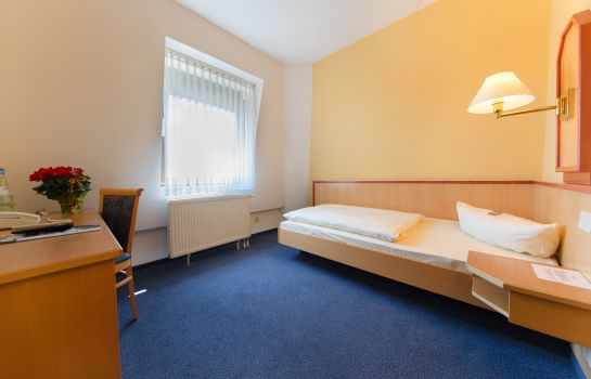 Single room (standard) Montana Nürnberg-West