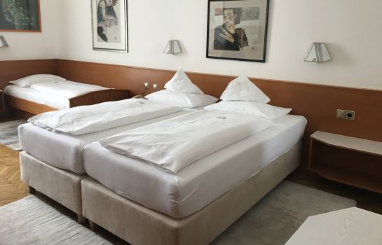 Camera a tre letti Boutique Hotel Goldenes Lamm ***S