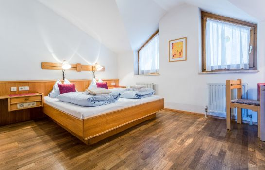 Double room (standard) Badhaus