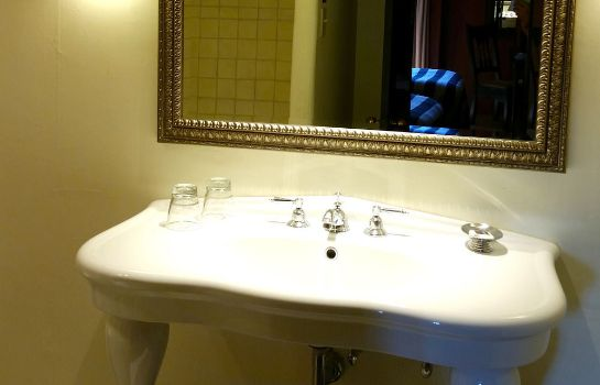Cuarto de baño Inn and Spa at Loretto - Destination Hotels & Resorts