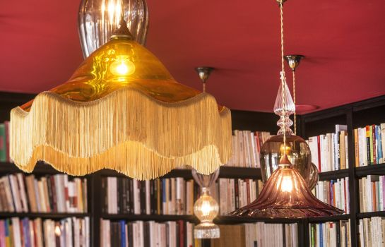 Reading room Hotel Josephine by HappyCulture