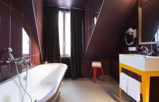 Standard room Hotel Josephine by HappyCulture