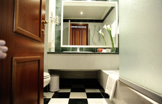 Cuarto de baño Leonardo City Center