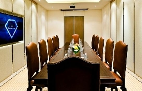 Meeting room Royal Princess Larn Luang