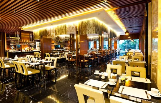 Restaurant Royal Princess Larn Luang