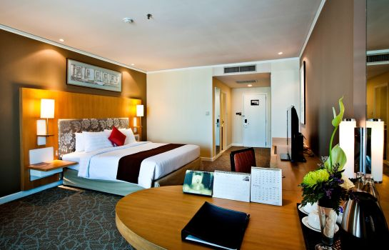 Double room (superior) Royal Princess Larn Luang