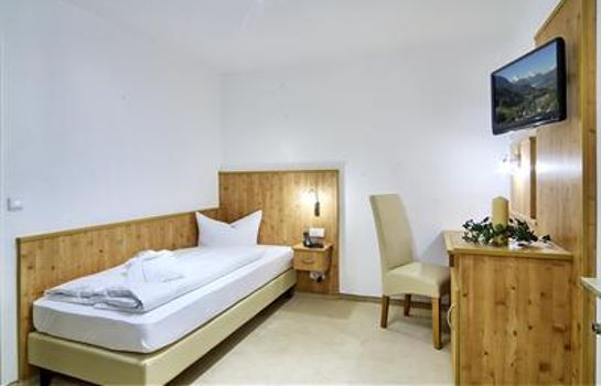 Single room (standard) Alpenhotel Fischer