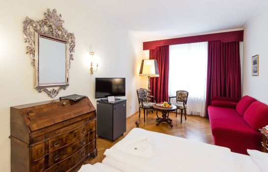 Double room (standard) Royal