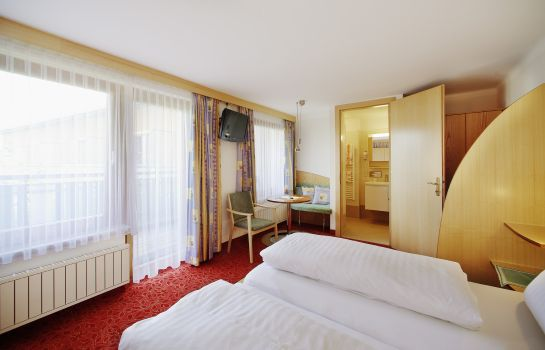 Double room (standard) Finkensteiner Hof