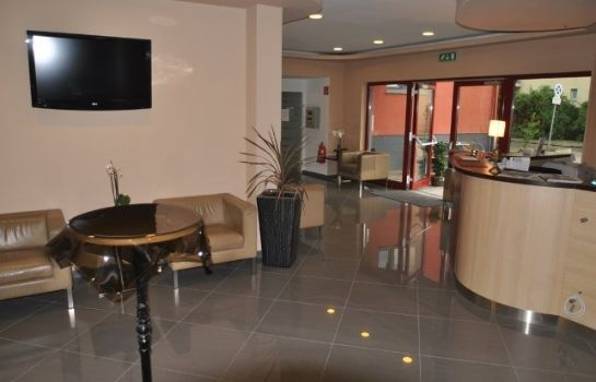 Hall Arion Airporthotel
