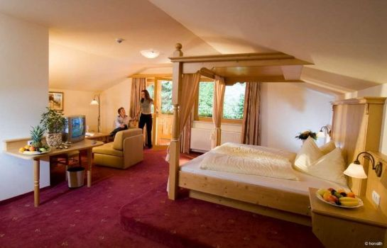 Zimmer Alpenhof Adults Only 12+