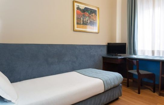 Room Hotel The Originals Turin Royal (ex Qualys-Hotel)