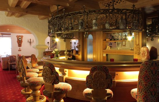 Bar hotelowy Damülser Hof - Wellness & Spa****S