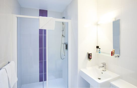 Bagno in camera ibis Styles London Croydon