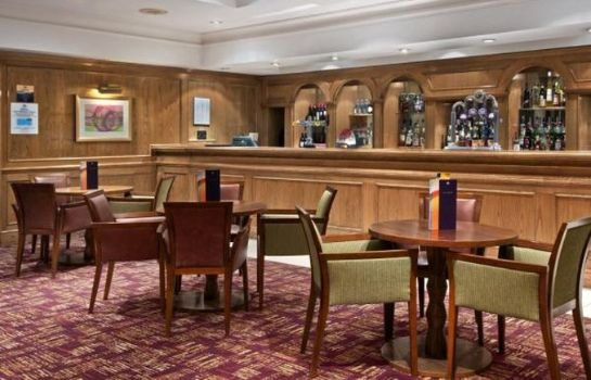 Hotel bar Hilton East Midlands Airport