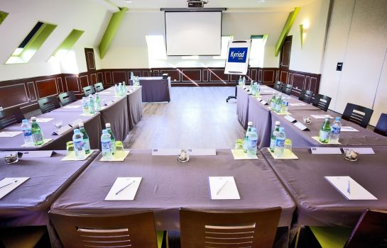 Conference room Kyriad Compiegne