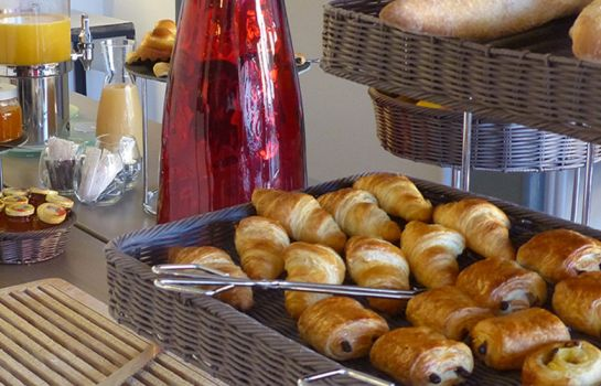 Breakfast buffet Fabian des Baux