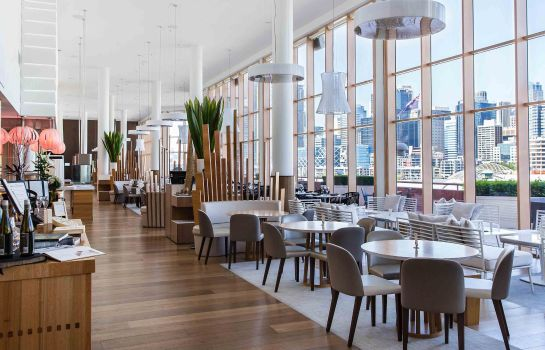 Restaurant Novotel Sydney on Darling Harbour