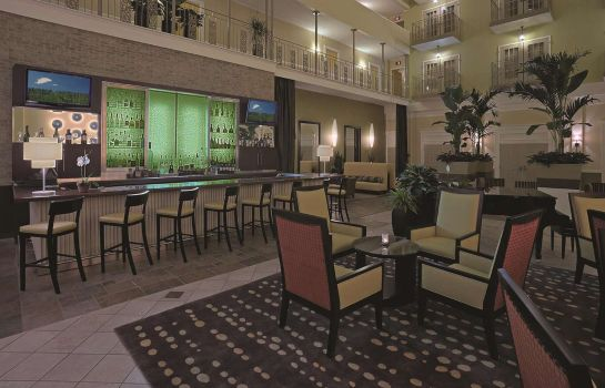 Hotel bar DoubleTree Suites by Hilton Atlanta - Galleria