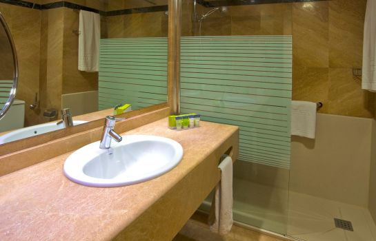 Bagno in camera Silken Amara Plaza