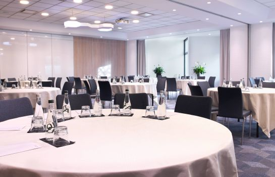 Sala konferencyjna Courtyard Paris Roissy Charles de Gaulle Airport Hotel