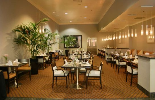 Restaurant DoubleTree by Hilton San Diego Downtown
