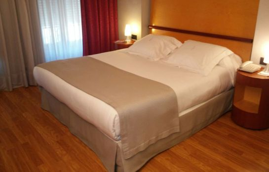 Double room (standard) Alfonso V
