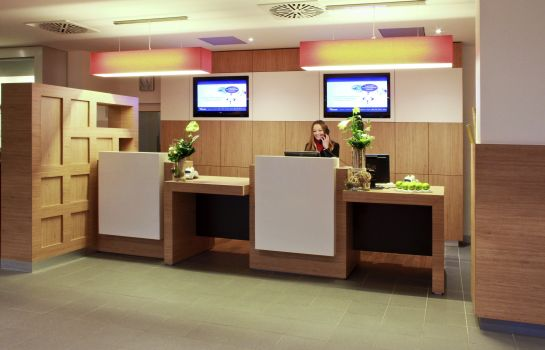 Reception ibis Hannover Medical Park