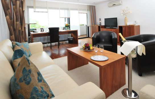 Suite Arens Hotel 327m NN