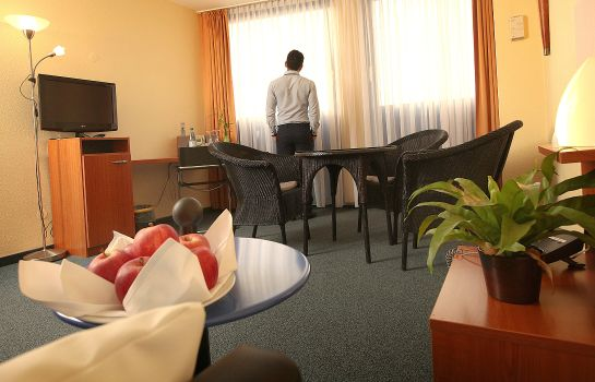 Suite Transmar Travel Hotel