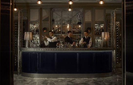 Bar del hotel The Connaught