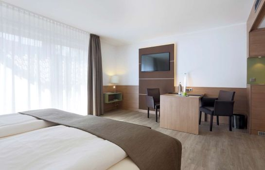 Room Lindner Hotel Airport