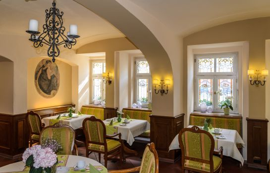 Breakfast room Akzent Hotel Goldner Hirsch