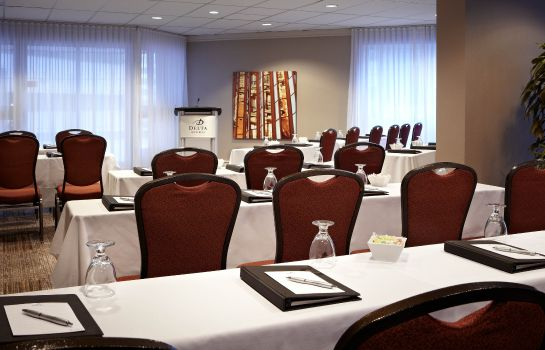 Conference room Delta Hotels Montreal