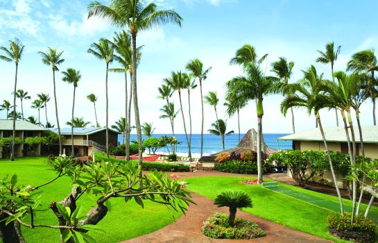 Exterior view Napili Shores Maui by Outrigge