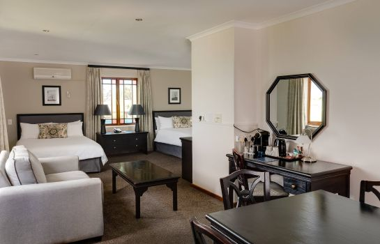 Suite Protea Hotel George King George