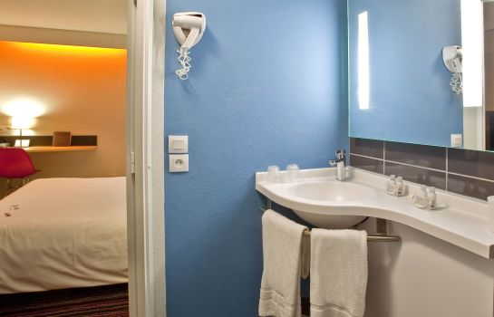 Badezimmer Kyriad Tours Sud - Chambray les Tours