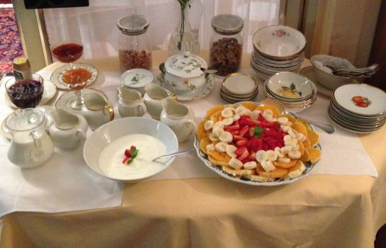 Breakfast buffet Friedenau Das Literaturhotel Berlin