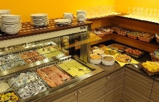 Breakfast buffet Primavera