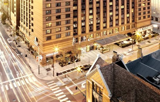 Exterior view Embassy Suites by Hilton Chicago Downtown