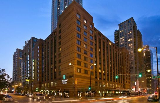 Buitenaanzicht Embassy Suites by Hilton Chicago Downtown