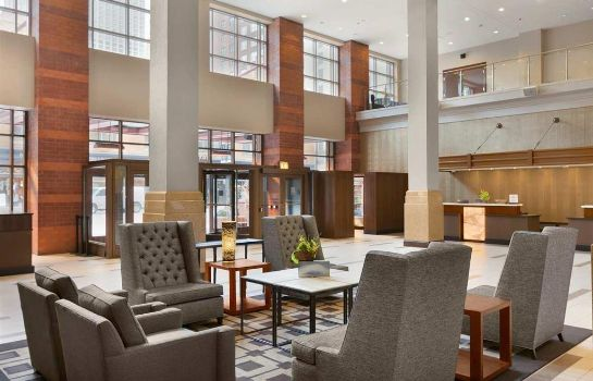 Lobby Embassy Suites by Hilton Chicago Downtown