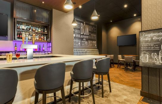 Hotel bar Embassy Suites by Hilton Chicago Lombard Oak Brook