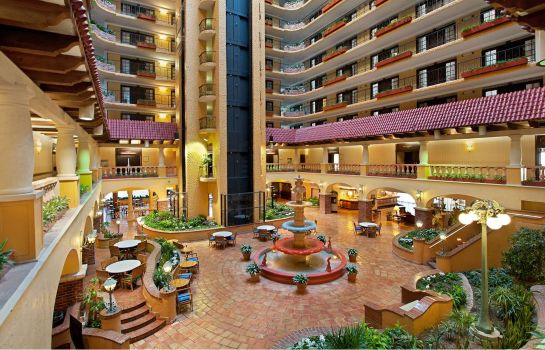 Hol hotelowy Embassy Suites by Hilton Kansas City Plaza