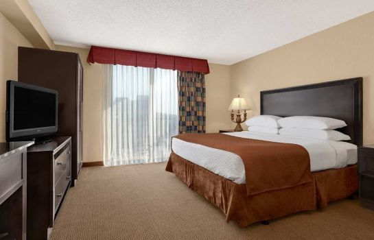 Suite Embassy Suites by Hilton Kansas City Plaza