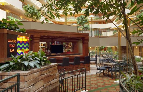 Hotel-Bar Embassy Suites by Hilton Omaha Downtown Old Market