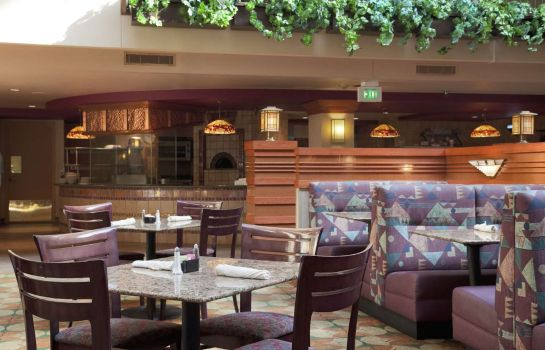 Restaurant Embassy Suites by Hilton Omaha Downtown Old Market