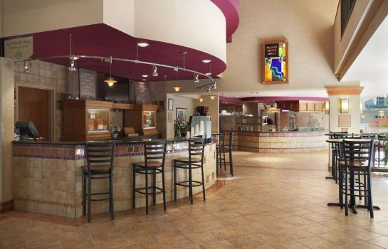 Ristorante Embassy Suites by Hilton Omaha Downtown Old Market